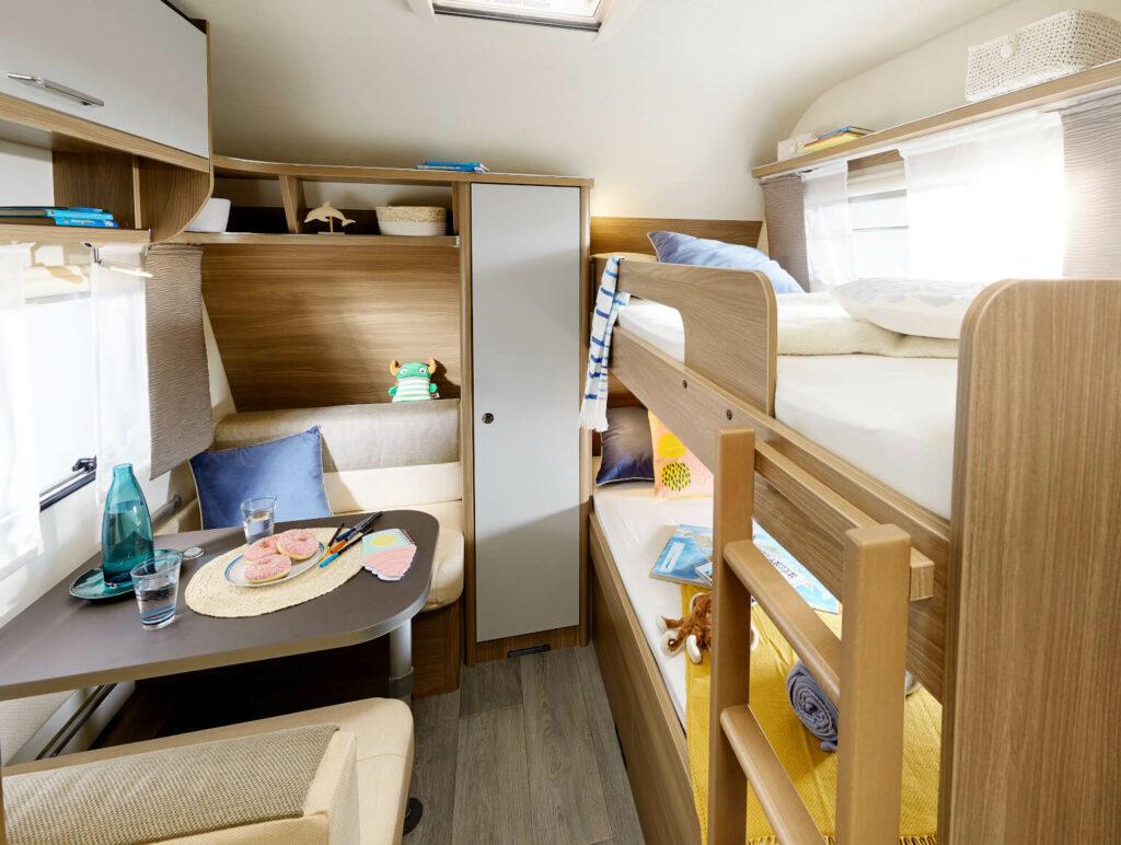 Bürstner Wohnwagen Premio Plus mit Kinderbetten